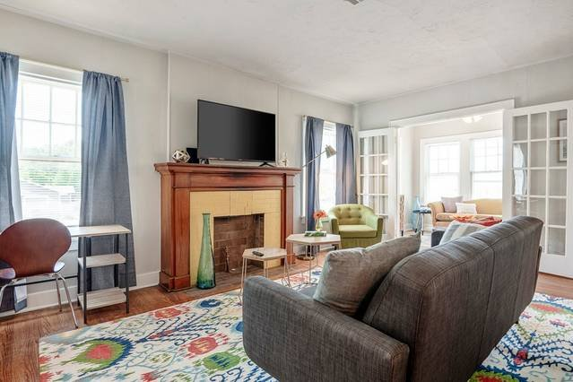 Military Park Place II - 1 bed, 1 bath apartment, vacation rental in Nichols Hills