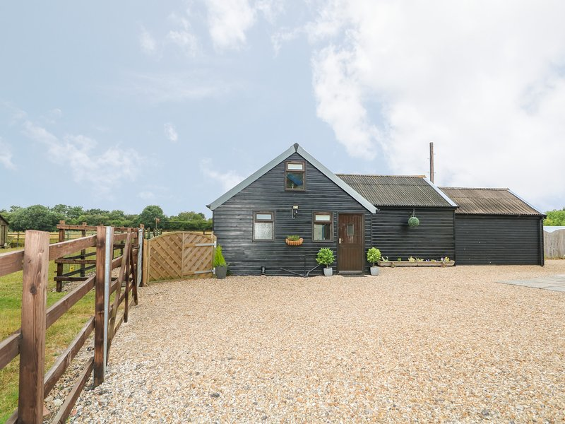 THE NOOK, woodburner, pet-friendly, good cycling and walking, Louth, Ref 933315, location de vacances à Alford