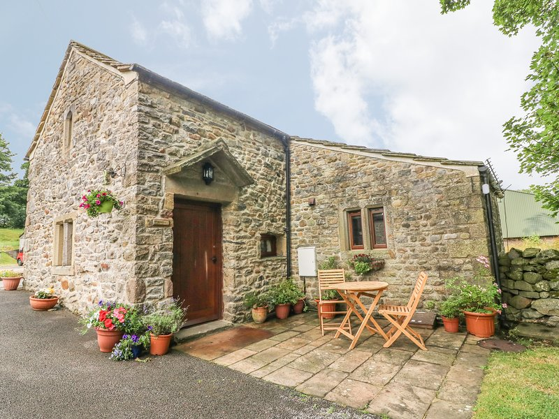 THE HERMITAGE, WiFi, pets welcome, in Yorkshire, holiday rental in Hellifield