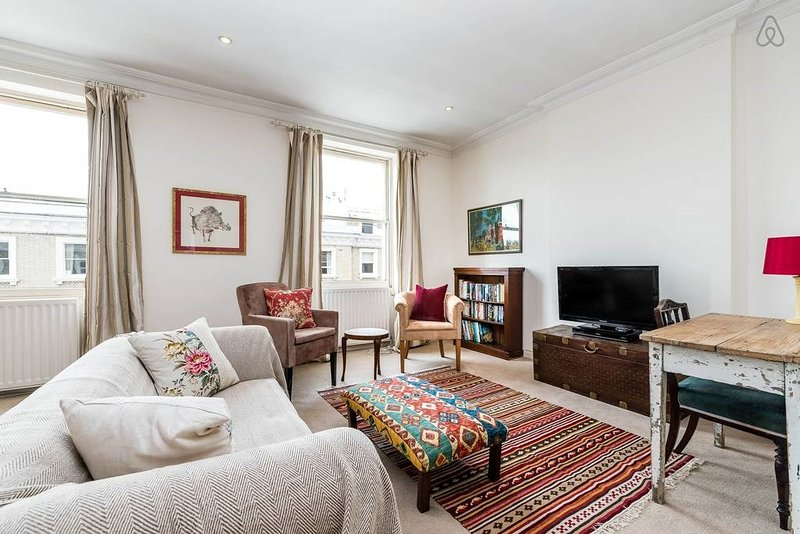 The Harcourt Terrace Kensington Apartment - JPE, holiday rental in Kew