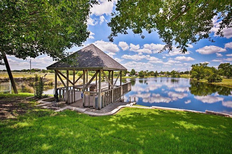 Trascorri un pomeriggio nella casa vacanze e rilassati in riva al lago.