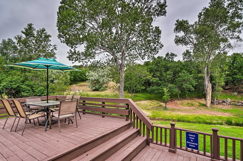 Manitou Springs Home - 2 Mi to Garden of the Gods!, vacation rental in Manitou Springs