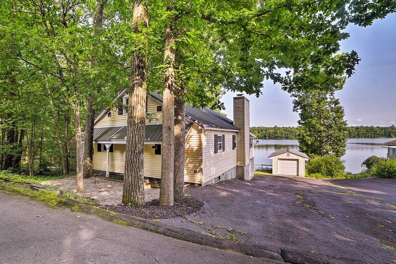 ¡El alquiler de vacaciones en East Stroudsburg se encuentra justo en el lago Monroe!