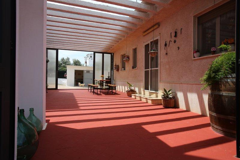 cottage alto salento- 4 Km dall' Oasi di Torre Guaceto, holiday rental in San Vito dei Normanni