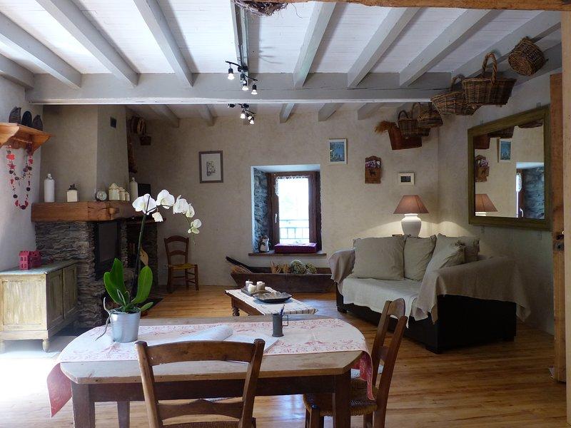 La maison où il fait bon vivre, holiday rental in Larcat