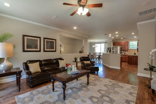 Stayloom's Classic Luxury Home |  East Dallas, holiday rental in Dallas