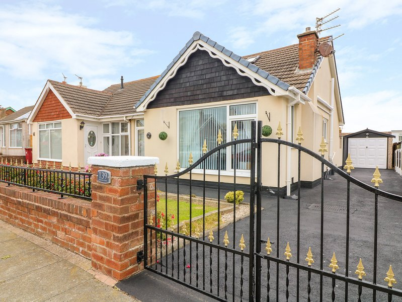 139 Kirkstone Drive, Thornton-Cleveleys, vacation rental in Fleetwood