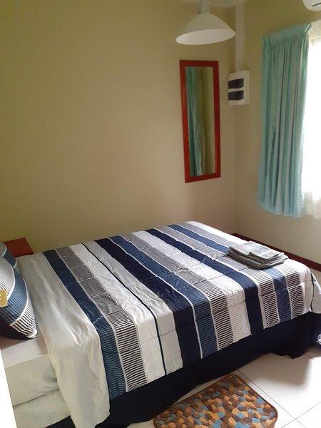 Nieuw appartement met zwembad en prieel in Rainville, Paramaribo Noord (Blauw), location de vacances à Surinam