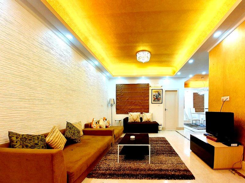 Urban Retreat: Premium 2 BHK Pent House by Easy Home Solution, holiday rental in Dakshinkali