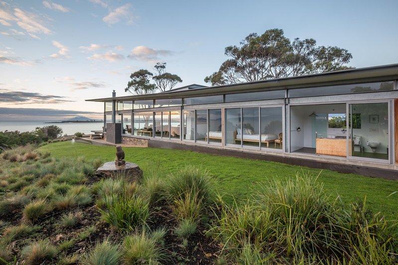 Avalon Coastal Retreat Tasmania, holiday rental in Swansea
