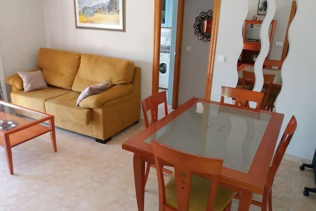 Nice apartment in Córdoba & Wifi, holiday rental in La Rambla