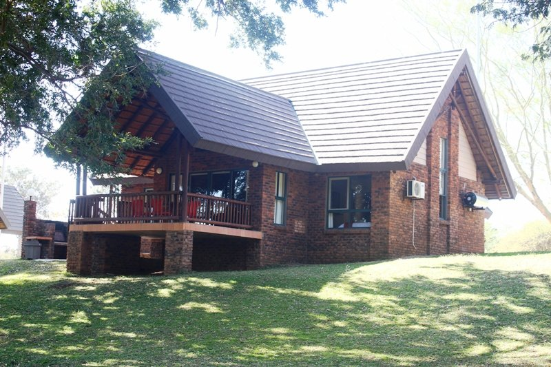 Ekuthuleni River Front Chalets, holiday rental in Balule Nature Reserve