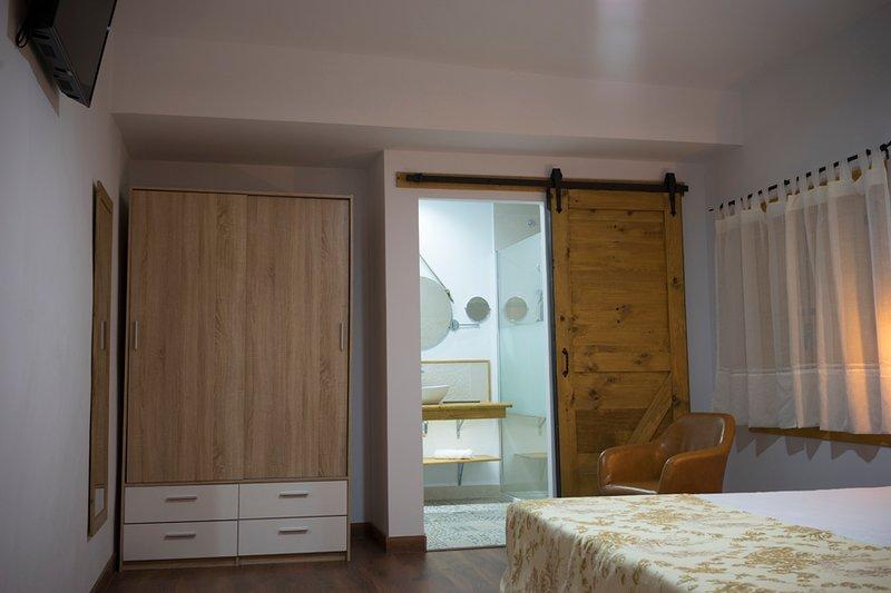 Casa Rural el Rincón de Monfragüe habitación nº 3, alquiler de vacaciones en Casas del Castañar
