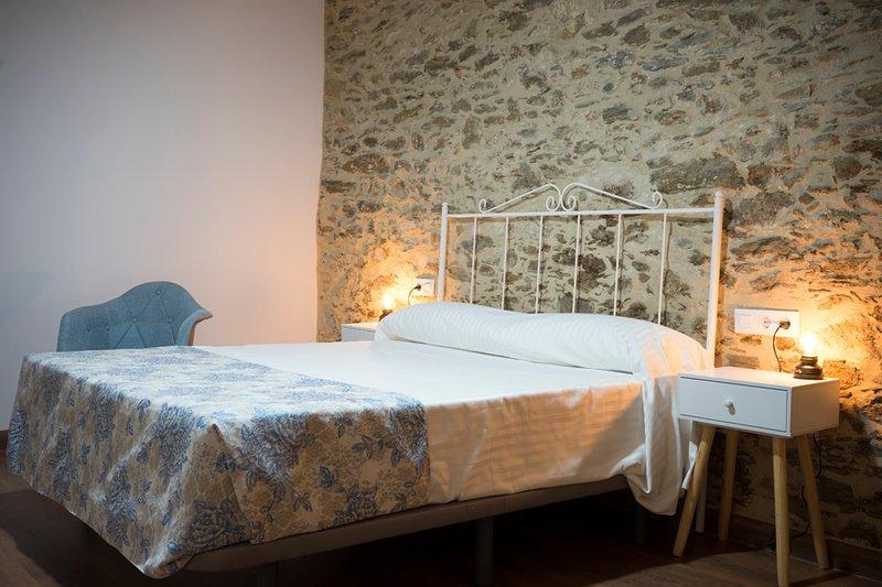 Casa Rural el Rincón de Monfragüe habitación nº 2, alquiler de vacaciones en Casas del Castañar
