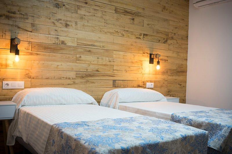Casa Rural el Rincón de Monfragüe habitación nº 5, alquiler de vacaciones en Casas del Castañar