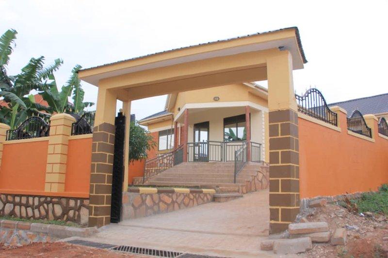 Divine Holiday Home, aluguéis de temporada em Kampala