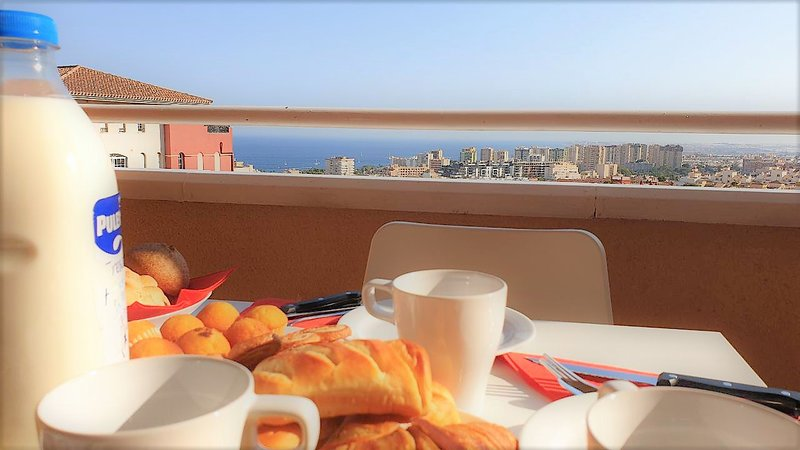 Stylish Apartments Piamonte Vistas al Mar, holiday rental in Aguadulce