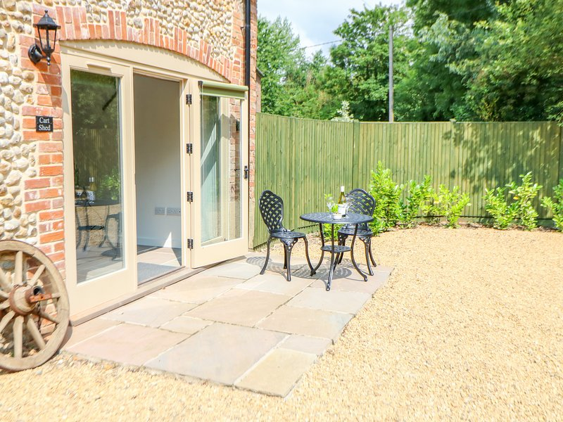 The Cart Shed, Willow Grange Barns, Stanfield, holiday rental in Beeston