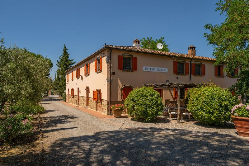 Nice lodging far from the madding crowd,A/C,terrace,table tennis,BBQ,Sleep 6,Ma, holiday rental in Montelopio