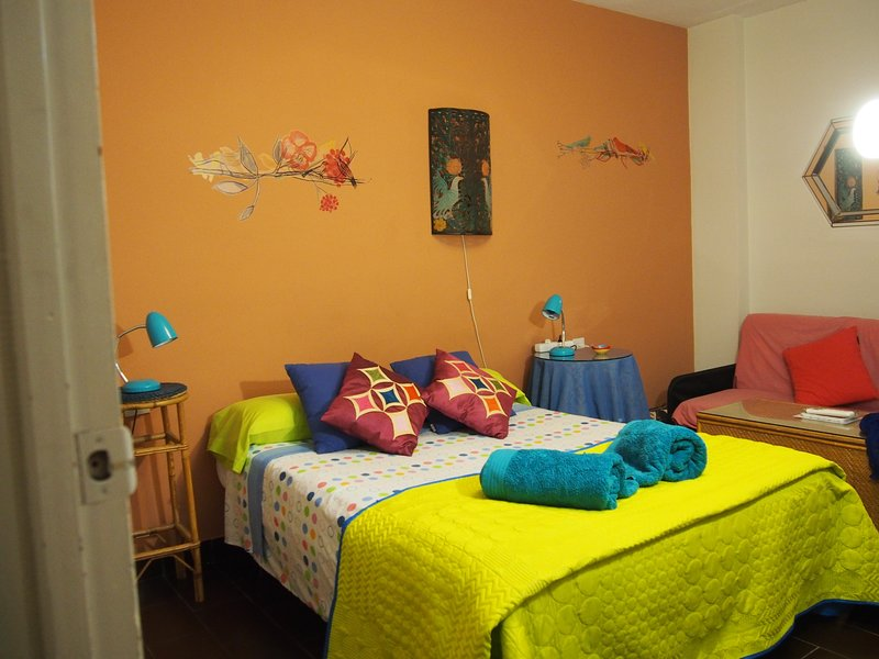 air conditioner  wifi parking, holiday rental in Churriana de la Vega