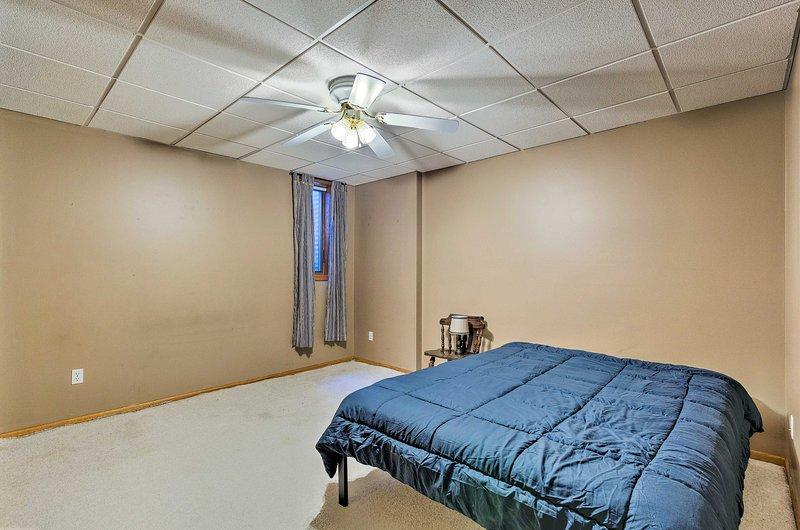El tercer dormitorio está equipado con una cama king.