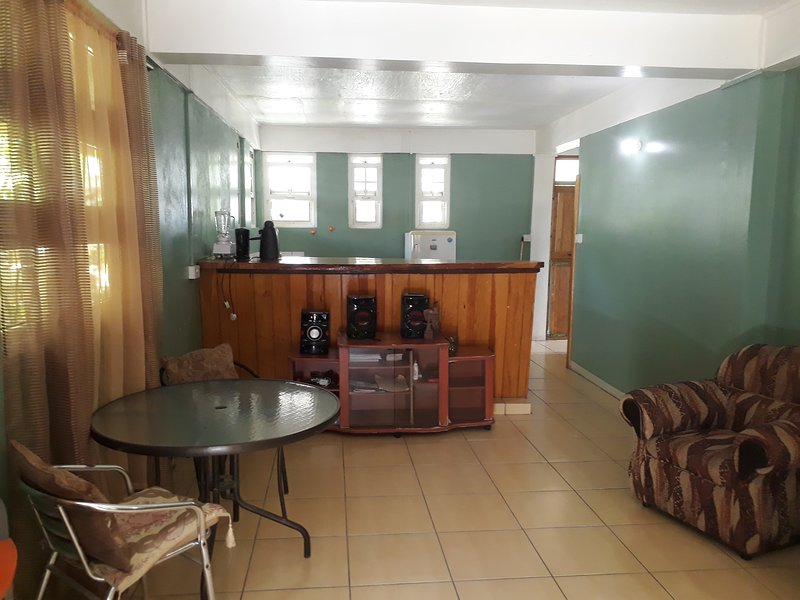 Mirage Inc - Apartment 2, holiday rental in Soufriere