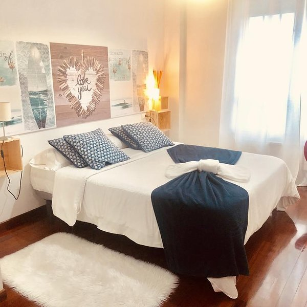Amazing apartment in Ribadeo & Wifi, aluguéis de temporada em Barres