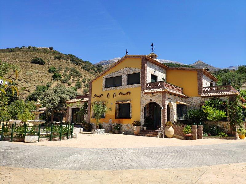 Casa Rural Paraiso Andaluz, alquiler vacacional en Canillas de Aceituno