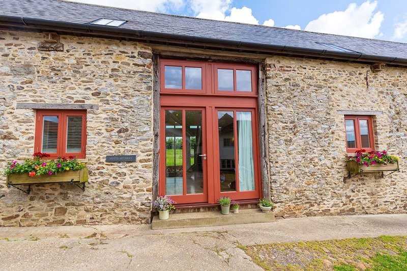 Pipits Retreat (sleeps 5), holiday rental in Honiton