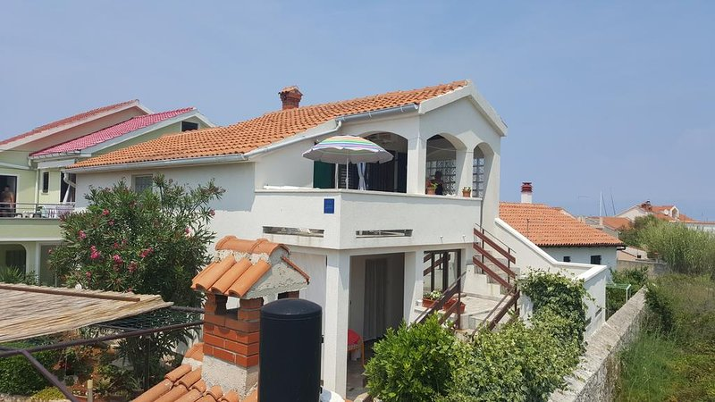 Apartment Sonja, holiday rental in Silba