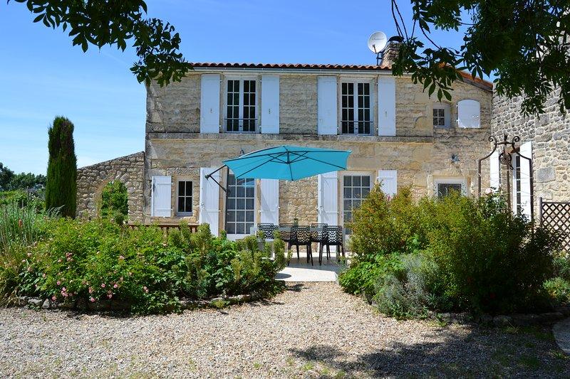 Gite de charme proche La Rochelle ***, location de vacances à Ardillieres