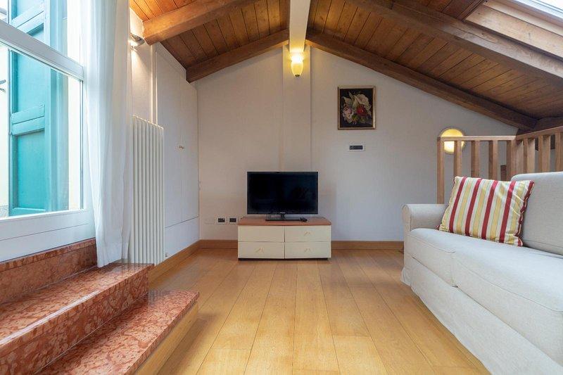 Santo Stefano Apartments - Deluxe su 2 Livelli, vacation rental in Rastignano