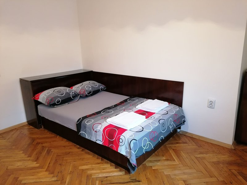 Victoria Apartment Kyustendil, vacation rental in Kyustendil Province