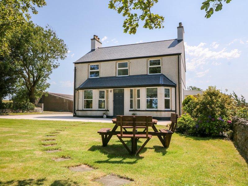 Glyn Ewryd, near Amlwch, vacation rental in Llannerch-y-medd