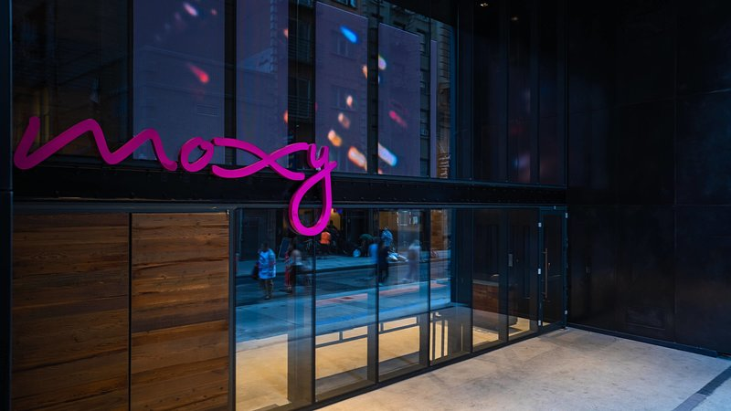 Moxy NYC Downtown-7 NIGHTS MIN, holiday rental in New York City