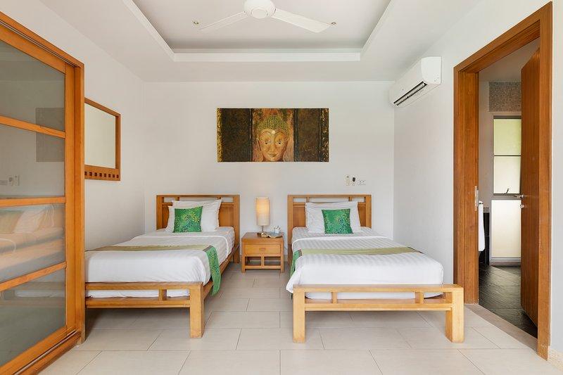 Mai Tai, Luxury 3 Bedroom Villa, vacation rental in Choeng Mon