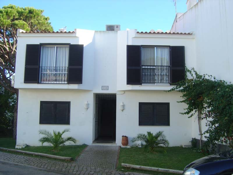 Vale do Lobo Apartment Sleeps 4 with Air Con and WiFi - 5480131, holiday rental in Almancil