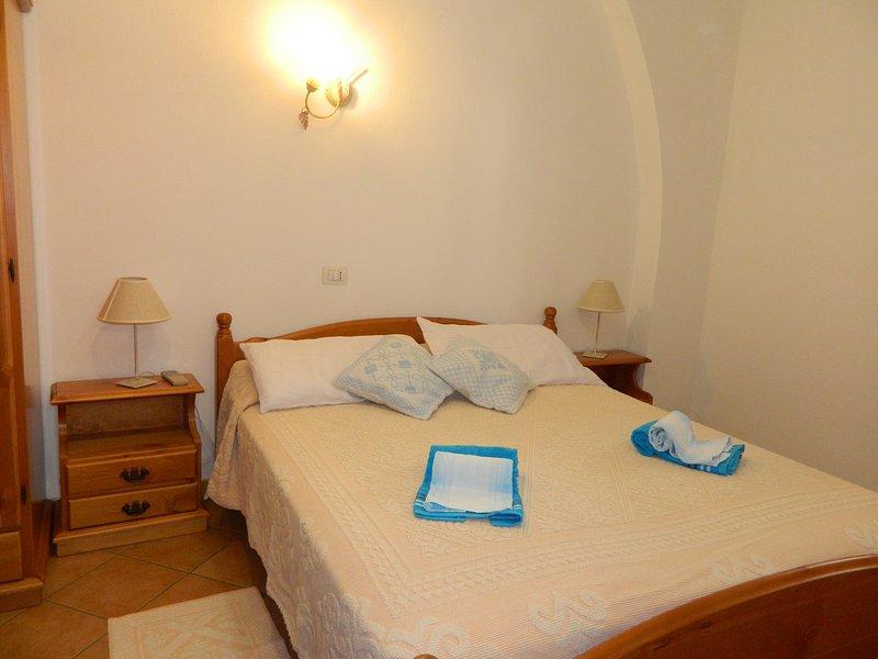 Sardinia-Holiday Appartamento Riservato, holiday rental in Badesi