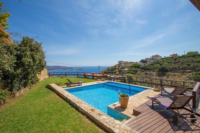 Zacharias Villa Sleeps 5 with Pool Air Con and WiFi - 5604896, location de vacances à Malaxa
