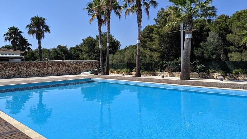 Sa Perdiu 06 | Amplio apartamento de dos dormitorios a 200m de la playa!, holiday rental in Son Carrio