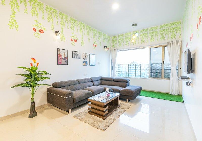 Forest Flower Suite in Bandra Kurla Complex, vacation rental in Ghātkopar