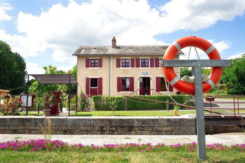 «Mara Rivière» gîte d'étape  sur La vélo Francette, holiday rental in Thorigne d'Anjou