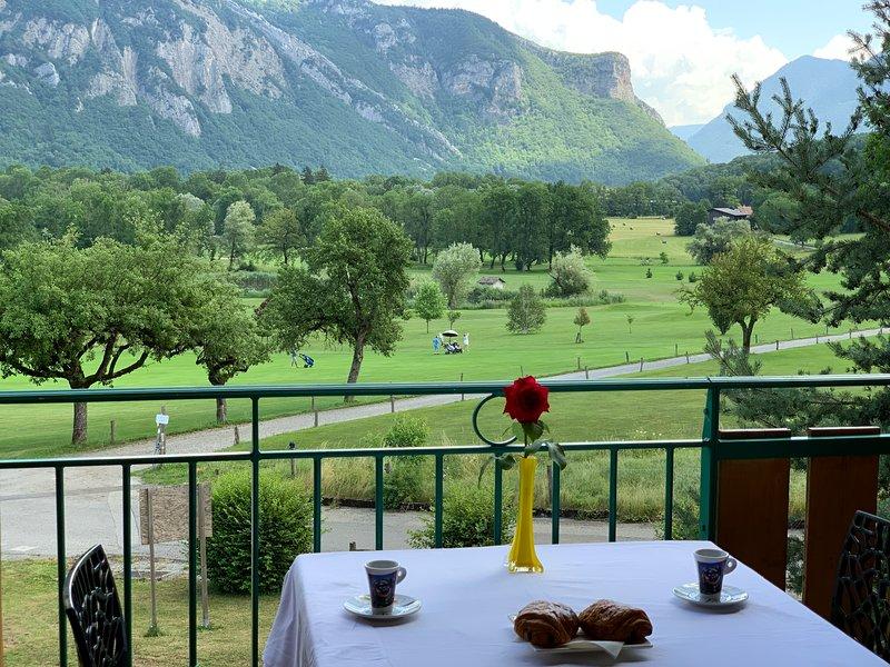 Le balcon du golf, holiday rental in Giez