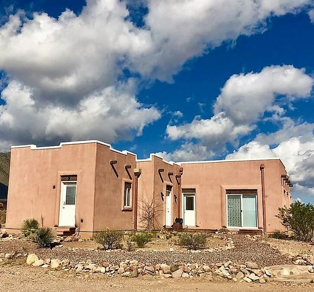 ASTRONOMY AND PARADISE in WORLD FAMOUS PORTAL, AZ, vacation rental in Animas
