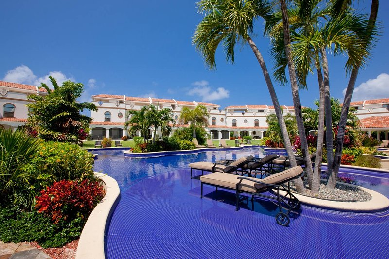 San Sebastian 3 Bedroom Townhome South Sound, Grand Cayman, vacation rental in George Town