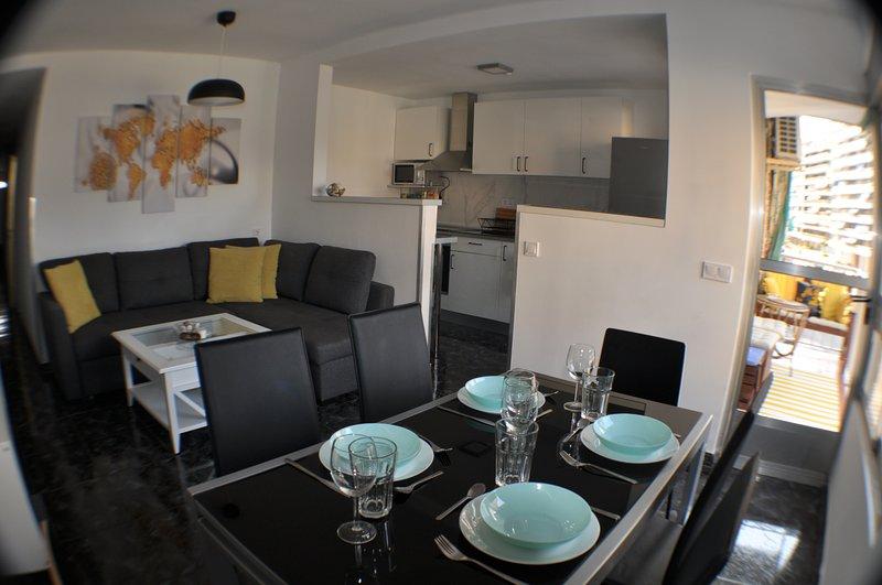Apartamento de vacaciones en Cullera de 2 dorm/2 baños, a 2 minutos de la playa, casa vacanza a Corbera