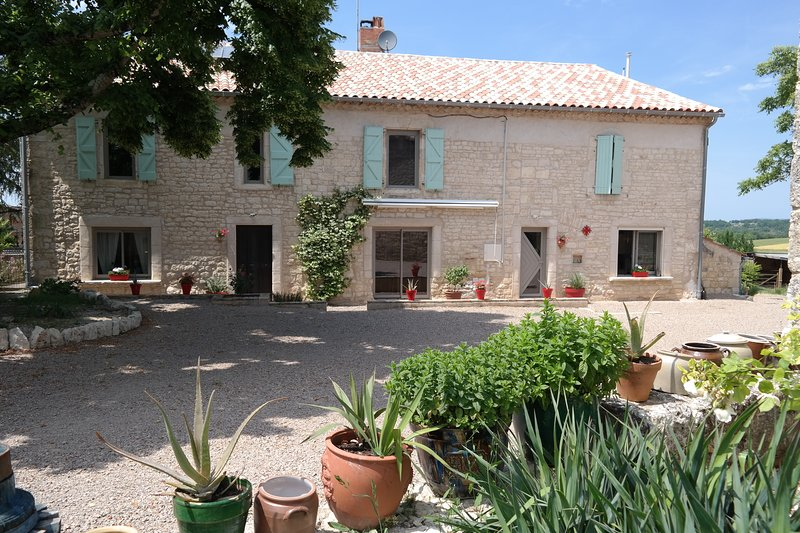 1Chambres d hôtes, bed and breakfast, holiday rental in Andillac
