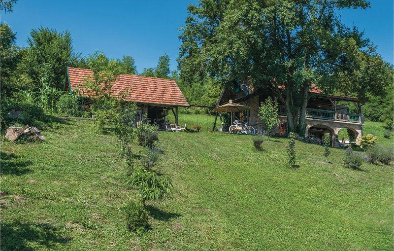 Nice home in Sveti Kriz Zacretje with WiFi and 1 Bedrooms (CCC083), holiday rental in Bedekovcina