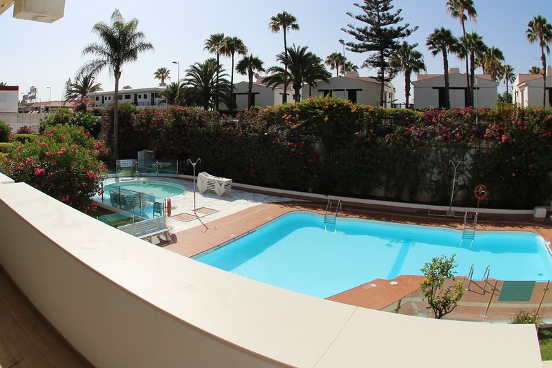 SUNNY HOME GRAN CANARIA-MODERN LUXURY APARTMENT IN PLAYA DEL INGLES, location de vacances à Gran Canaria