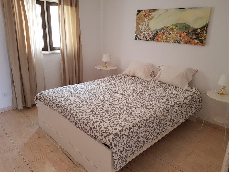 Apartamento Las Vistas 204 Con vistas al mar y cerca de la playa, vacation rental in Puerto Del Carmen